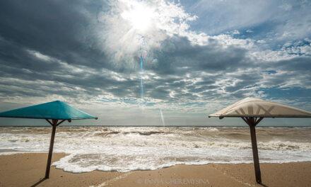 Море «розхвилювалось»: захопливі фото з Бердянська