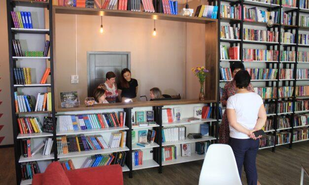 У Запоріжжі забуті бібліотеки перетворили на сучасні мультимедійні простори – фото