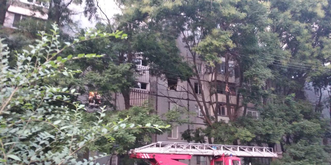 Під час вчорашньої пожежі у Запоріжжі постраждав чоловік – фото