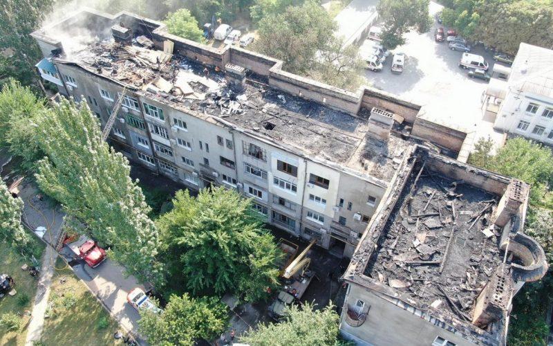 Скандальна фірма виконуватиме ремонт постраждалого будинку в Запоріжжі