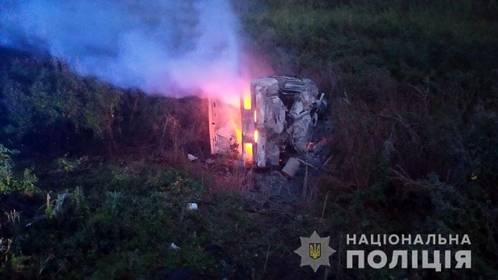 Спозаранку на Запоріжжі сталася масштабна аварія. Загинуло 5 осіб, серед яких 3 – діти