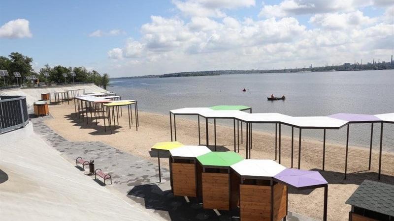 На одному з найдорожчих пляжів Запоріжжя не рекомендовано купатися