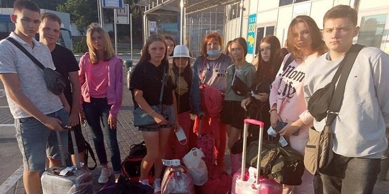 Продовження скандалу з авіакомпанією Ryanair та дітьми з Мелітополя, які не змогли виїхати до Кракова