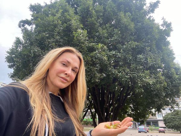 Артистка присоромила Запорізьку обладміністрацію за непрезентабельний вигляд центральної площі – фото, відео