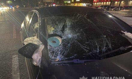 У Запоріжжі на Прибережній магістралі сталася ДТП, постраждалий помер в лікарні – фото