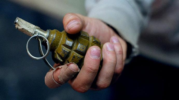 На Запоріжжі чоловік підірвав у себе в руках гранату
