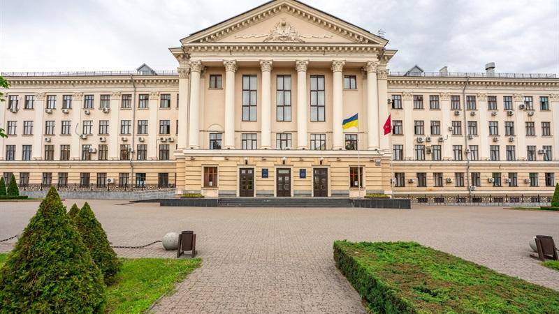 Міському голові Запоріжжя рекомендуватимуть скасувати рішення про звільнення секретаря