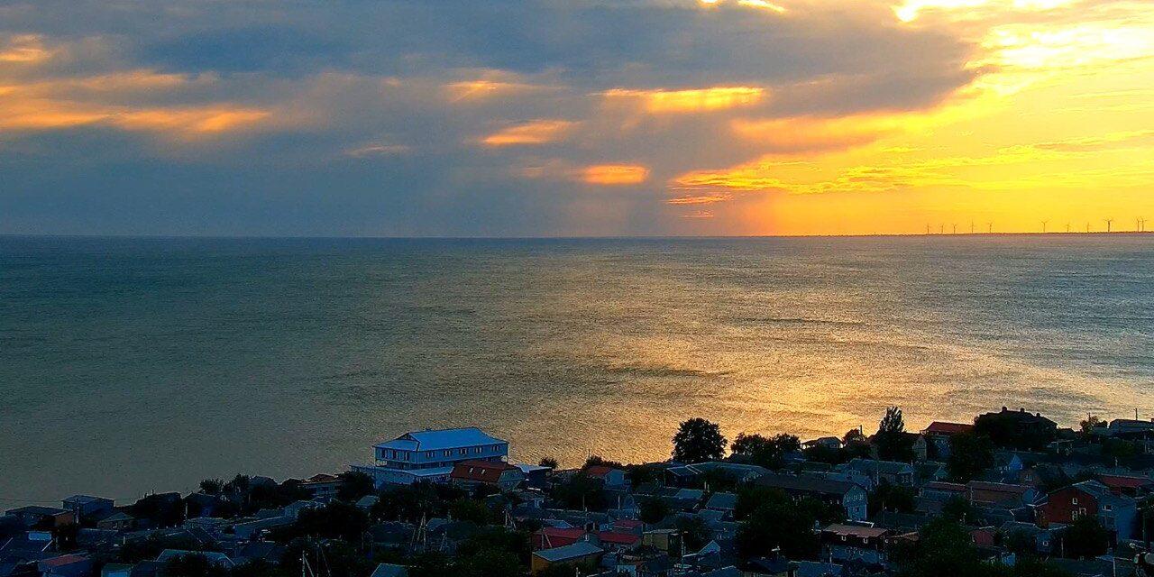Азовське море: на відомому курорті з'явилося 9 нових вебкамер
